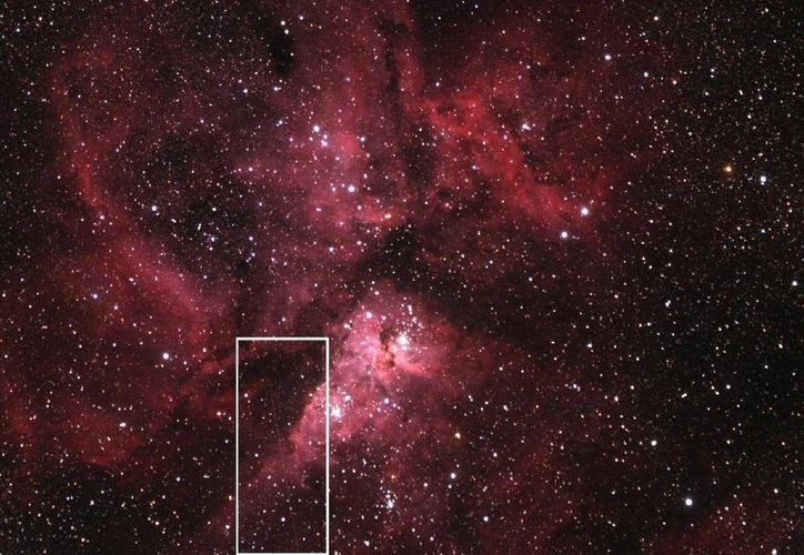 En el recuadro, el asteroide DA14 a su paso cerca de la Tierra. (Foto: Nasa)