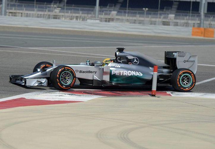 Los entrenamientos en Bahrein son la última oportunidad para afinar los nuevos monoplazas antes del comienzo del campeonato de Fórmula Uno. (EFE/Contexto)