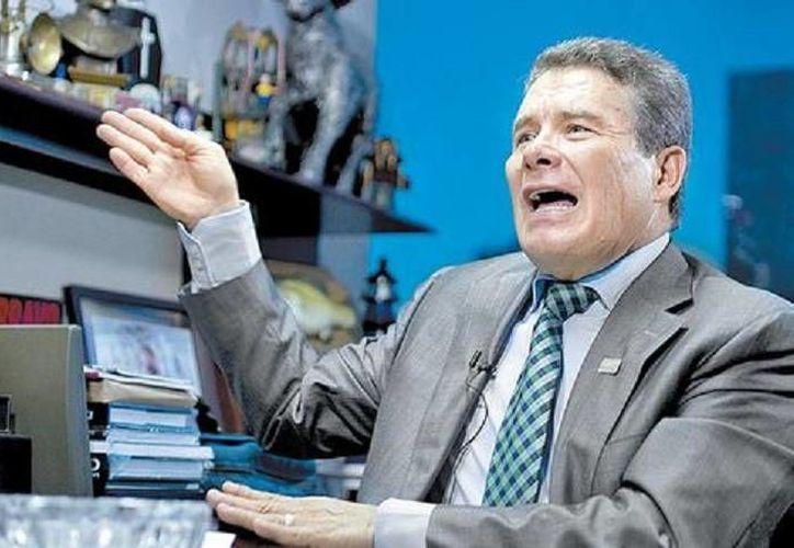 Juan Díaz, presidente del SNTE: un profesor con doble plaza gana 18 mil pesos al mes. (Milenio)