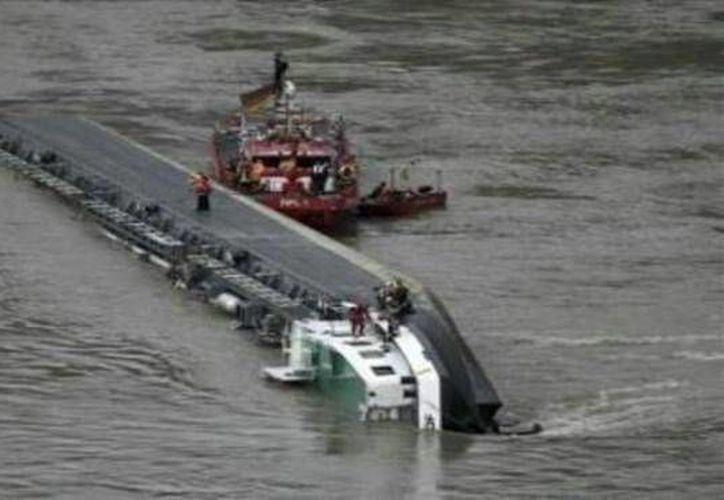 Habría naufragado el lunes por la noche tras partir de la ciudad de Pauktaw. (foto contexto Internet)