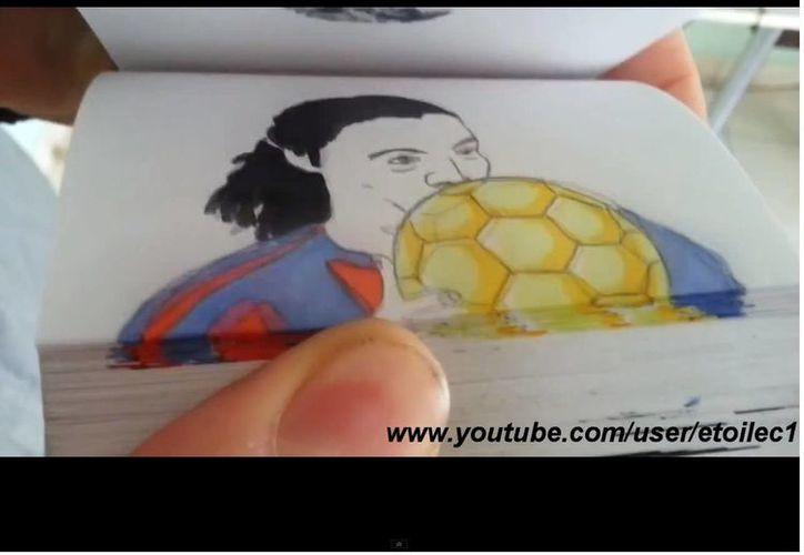 Ronaldinho en sus mejores jugadas... en dibujos animados. (YouTube)