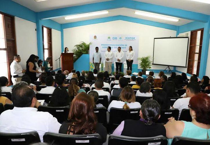 La Oficialía Mayor del Gobierno del Estado organiza esta capacitación como parte del Sistema Profesional de Carrera. (Joel Zamora/SIPSE)