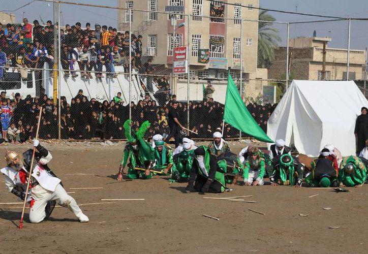 El ataque más mortífero fue en el pueblo de al Sadiya, donde los chiítas recreaban la batalla de Karbala del siglo VII. (Agencias)