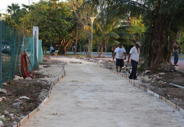 Retoman los trabajos en el tramo frente a Villas Pescador. (Israel Leal/SIPSE)