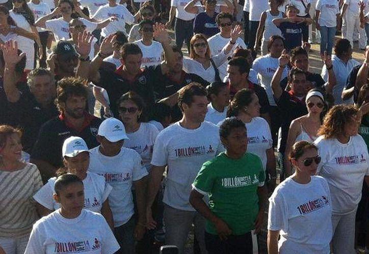 """El plantel azulgrana asistió al arranque de la campaña """"1 Billón de Pie"""". (Cortesía/SIPSE)"""
