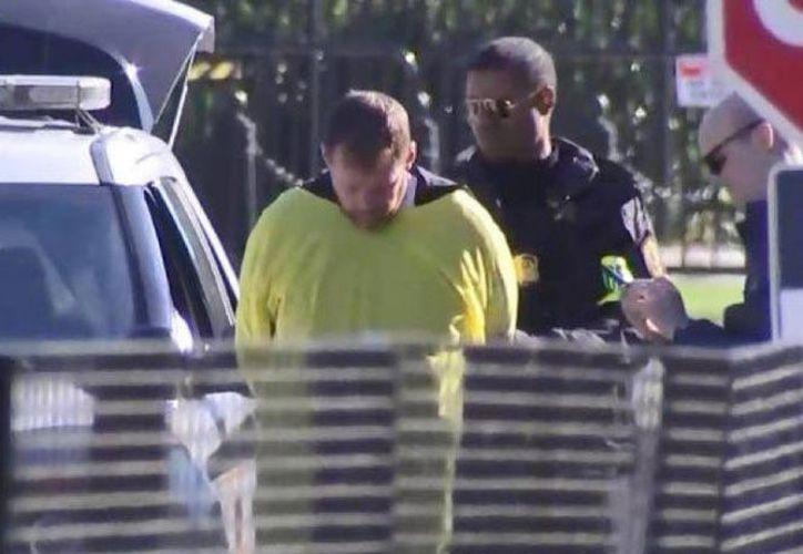 El hombre se declaró inocente el miércoles. Su abogado, Edward Gaines, se negó a hacer declaraciones. (López Dóriga Digital)