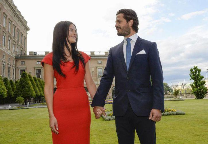 Sofía Hellqvist, prometida del príncipe Carlos Felipe, participó en el  reality  show sueco 'Paradise Hotel'. (AP)