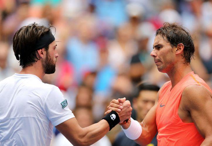 Nadal sumó 19 errores no forzados, contra los 59 de su rival. (AFP)