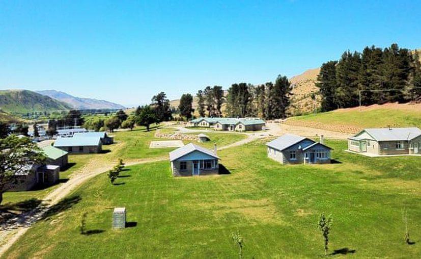 Lake Waitaki Village cuenta con ocho casas con tres dormitorios cada una, un restaurante, un albergue. (Excélsior)