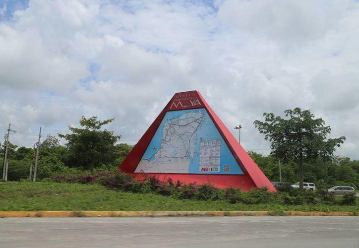 La estructura será modificada para promocionar a Puerto Morelos. (Israel Leal/SIPSE)