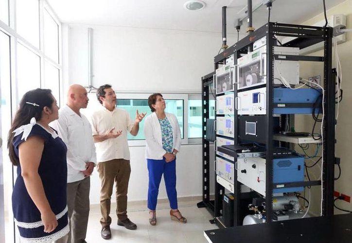 El Observatorio Atmosférico de Mérida de la Ruoa se instaló en la Facultad de Química de la Uady. (Milenio Novedades)