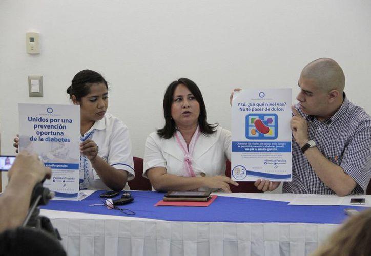 Anunciaron en conferencia de prensa que se ofrecerán 100 estudios clínicos gratuitos. (Tomás Álvarez/SIPSE)