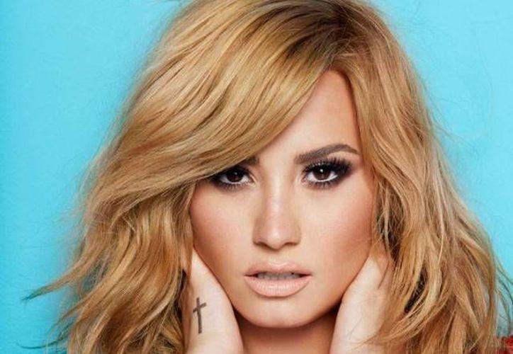 """Lovato en la actualidad funge como jurado en """"The X Factor"""". (crushable.com)"""