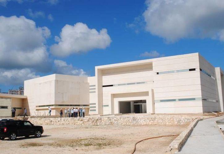 Las instalaciones del nuevo Hospital General Jesús Kumate Rodríguez están concluidas al 95%. (Redacción/SIPSE)