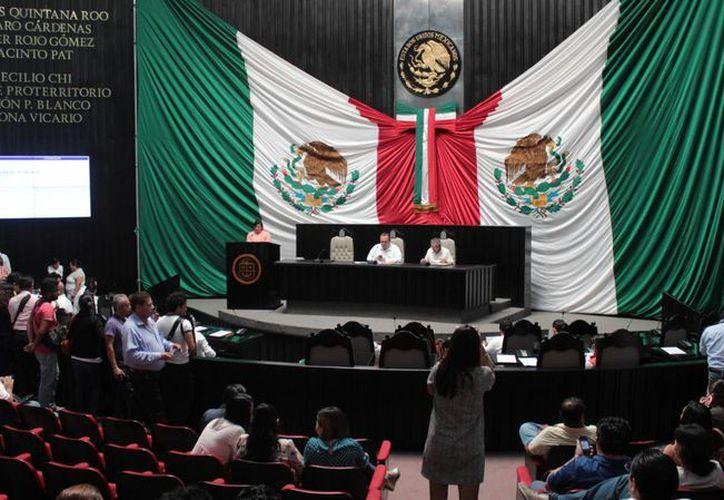 Según el informe, la XIV Legislatura violentó diversos artículos de la Constitución del Estado. (Foto: Eddy Bonilla)