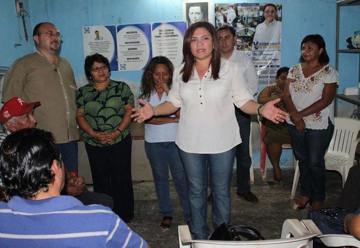 'Los panistas están esperando un partido que se ponga de pie', dijo en Maxcanú la senadora Rosa Adriana Díaz Lizama. (SIPSE)
