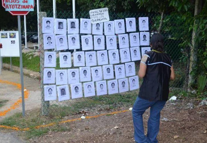 Los expertos analizarán si los 43 normalistas desaparecidos fueron realmente incinerados en el basurero de Cocula. (Archivo/Agencias)