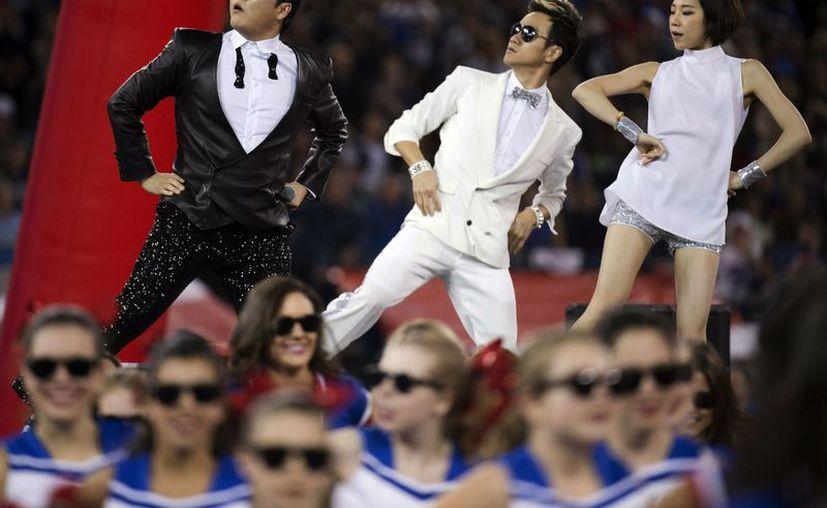 El tema del surcoreano Psy desplazó a figuras como Bob Dylan. (Agencias)
