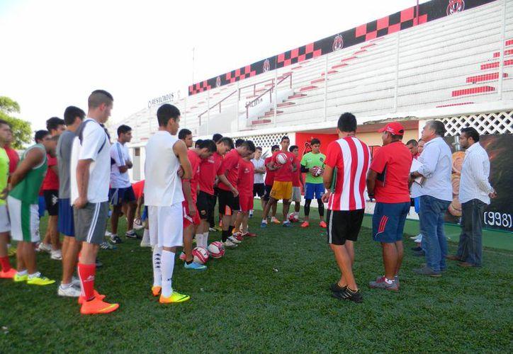 El cuerpo técnico cancunense observará toda la semana a los prospectos, para definir la lista lo antes posible. (Ángel Mazariego/SIPSE)
