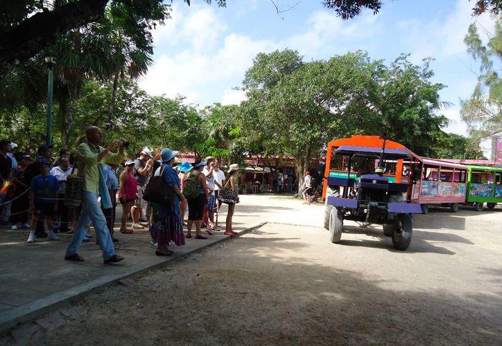 Los parques, cenotes, playas y zonas arqueológicas, están listos para recibir a miles de turistas por las fiestas decembrinas. (Rossy López/SIPSE)