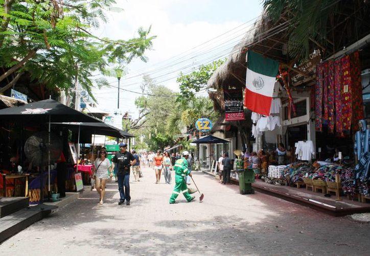 Negocios y restaurantes reportan bajas ventas por esa situación. (Yenny Gaona/SIPSE)