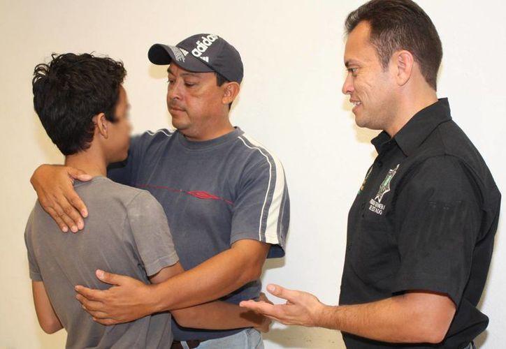 La entrega de Diego Sánchez a sus familiares. (SIPSE)