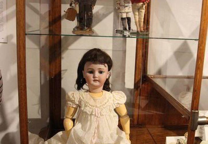La exposición 'Los niños del siglo XIX', del Museo del objeto del objeo, no solo incluye muchos juguetes de esa época sino muchos otros artículos interesantes. (Notimex)