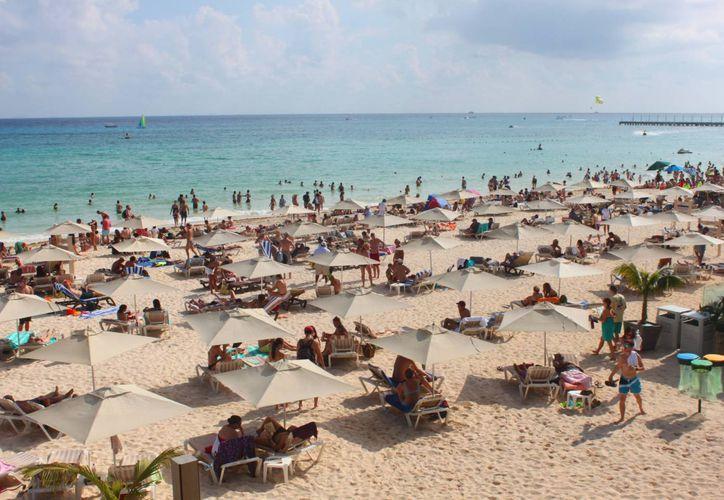Mamitas Beach Club recibió durante este año 30 mil visitantes mensualmente, en promedio. (Daniel Pacheco/SIPSE)