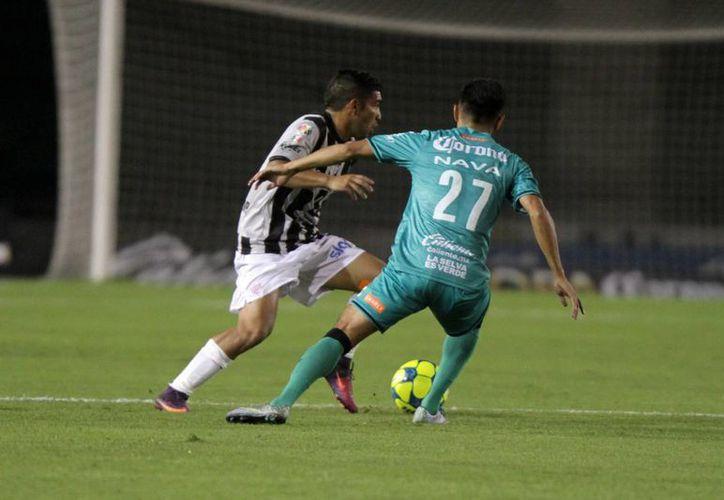 Necaxa ganaba en casa de Chiapas en Copa MX pero al final el partido quedó 1-1. (Notimex)