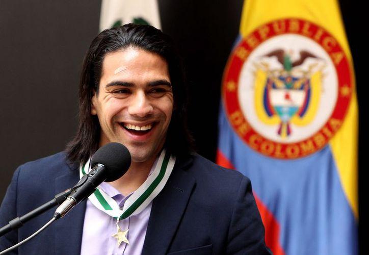 Radamel Falcao es considerado por la Policía Nacional de Colombia como digno embajador de su país. (EFE)