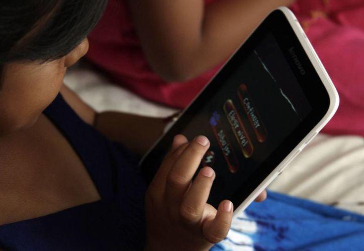 Cada vez es más fácil descargar música o juegos. (Francisco Gálvez/SIPSE)