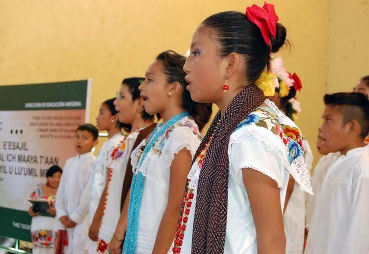 300 alumnos cantaron en el evento. (SIPSE)