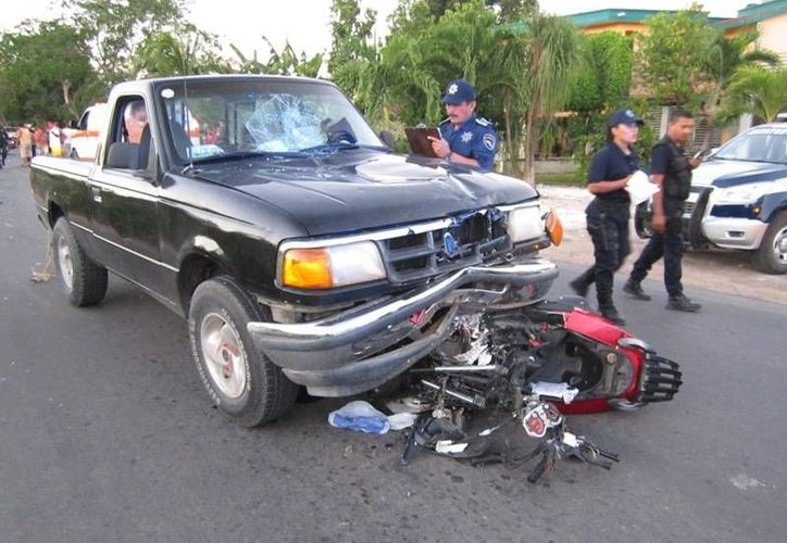 El motociclista presentó una fractura craneoencefálica frontal. (Paloma Wong/SIPSE)