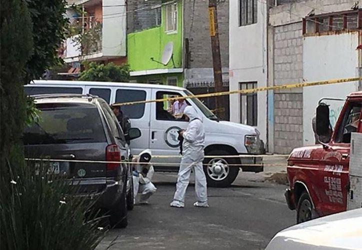La camioneta fue trasladada a las instalaciones de la PGR para mantenerla en resguardo. (José Antonio García/Excelsior)