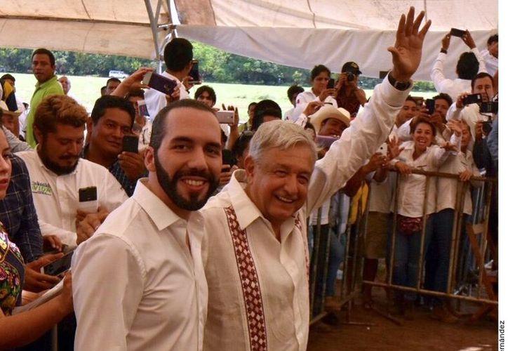 El Presidente de El Salvador Nayib Bukele se mostró agradecido con el Presidente de México López Obrador. (Foto: Reforma)