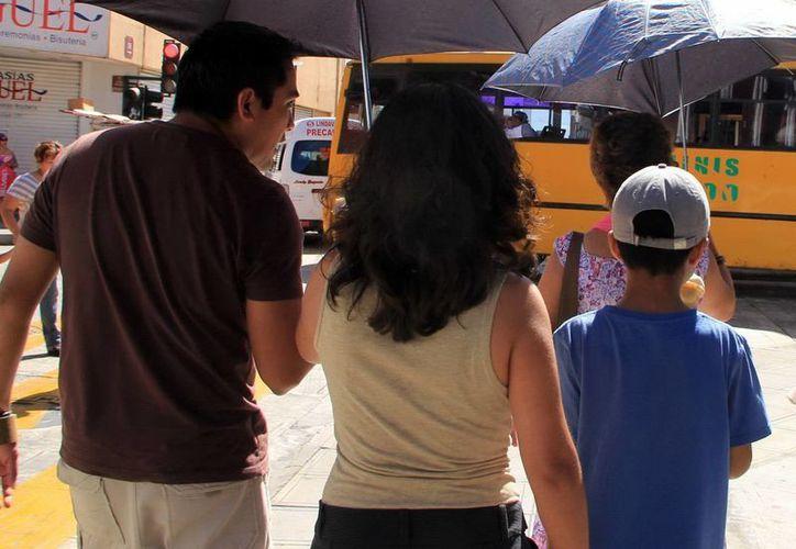 Discutir y compartir los problemas en familia ayuda a evitar fracturas difíciles de reparar. (SIPSE)