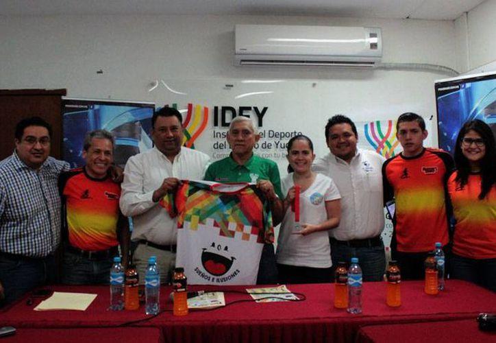Rommel Pacheco Marrufo, Paola Longoria y Raúl Osorio serán los invitados especiales de la segunda edición de la carrera atlética familiar <i>Por los sueños e ilusiones</i>, que se realizará el 4 de diciembre. (SIPSE)