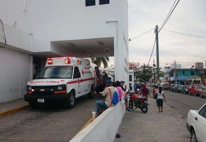 Los heridos fueron trasladados al Hospital General de Cancún. (Redacción/SIPSE)