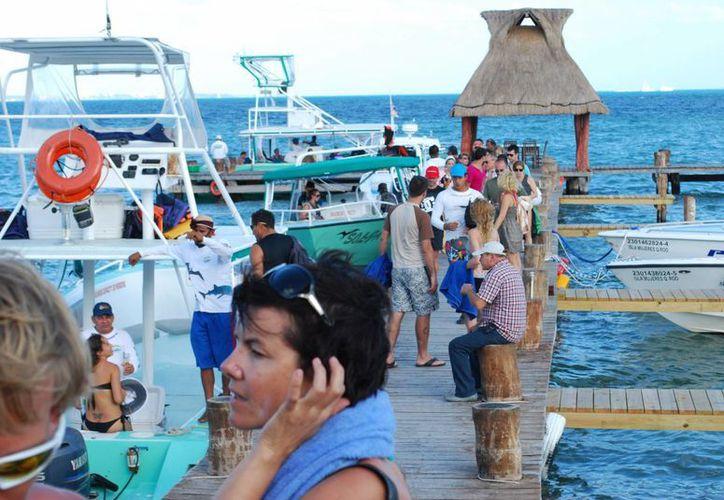 Aumenta el arribo de turismo en Cancún y la Riviera Maya. (Israel Leal/SIPSE)