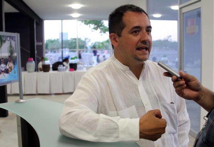 Imagen de Sergio Núnez Sierra, director del Centro Municipal de Danza que va por la profesionalización de la danza. (Milenio Novedades)