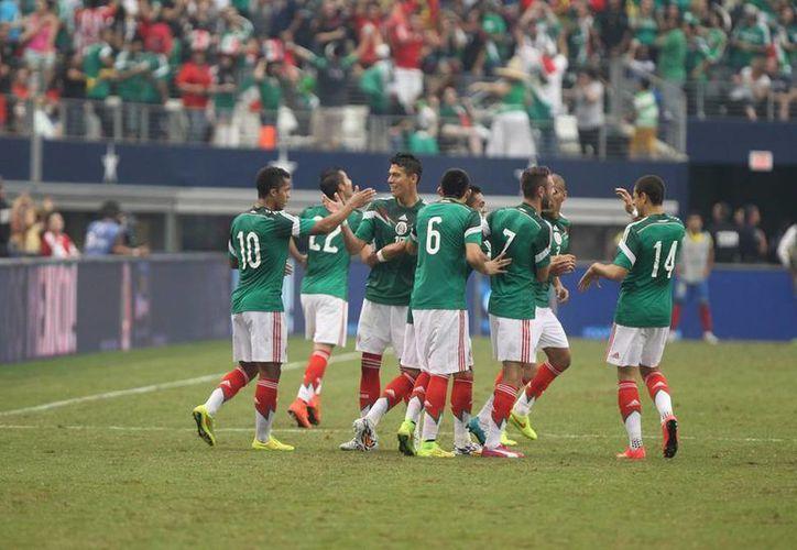 México jugará la primera fase del Grupo A en el noreste del país: en Natal enfrentará a Camerún el 13 de junio, en Fortaleza a Brasil el 17 y a Croacia el 23 en Recife. (Notimex)