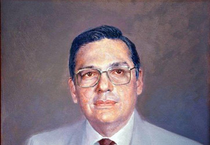 Luis Pérez Sabido recibirá homenaje en el municipio de Mocochá tras brillante carrera en la música yucateca. En la foto, Luis Pérez Sabido en un retrato de óleo.(Milenio Novedades)
