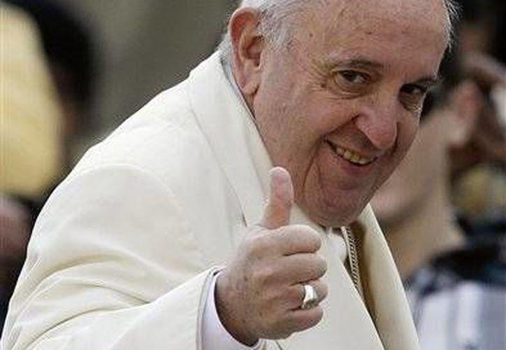 """Una nueva comisión especial creada por el Papa Francisco,vigilará y ayudará a una """"más eficaz gestión"""" de todas aquellas estructuras católicas que trabajan en el sector salud. (AP)"""