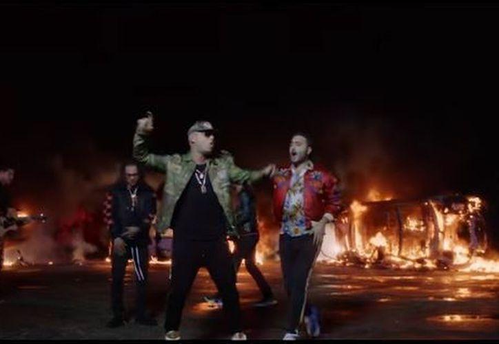 """Reik lanzó el video musical de su más reciente sencillo """"Me niego"""", en colaboración con Ozuna y Wisin. (Foto: Captura)"""