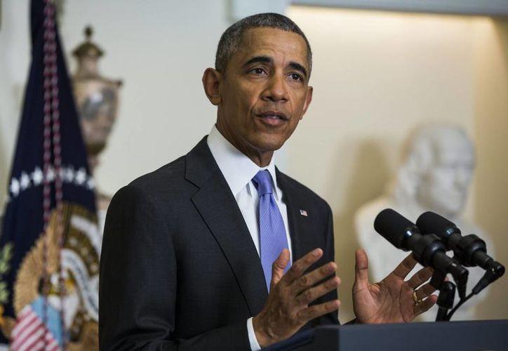 Las medidas sobre el alivio migratorio de Obama fueron frenadas por una demanda colectiva de varios estados en 2015. (EFE/Archivo)