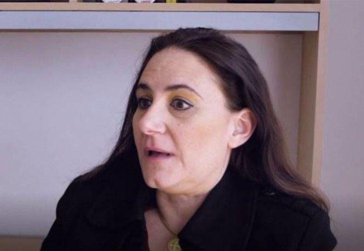 La yucateca Ligia Ceballos Franco (foto) denunció ante PGR su caso: cree que es un bebé robada durante el franquismo, en España, en los años 60. La PGR admitió la denuncia y hará una investigación. (excelsior.com.mx)