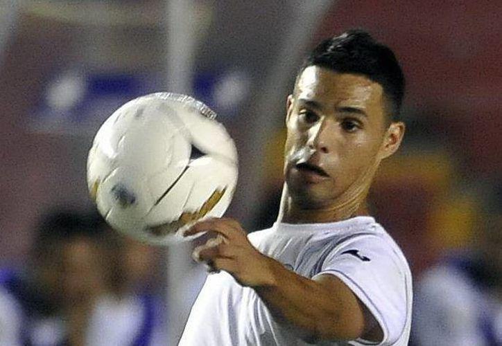 Juan Barrera, delantero y capitán de la Selección de Nicaragua, cumplirá su sueño de jugar en Europa. Nadie de su país lo había logrado. (EFE)