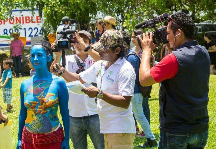 A Guadalupe Antonia, diferentes artistas de Quintana Roo le han realizado 55 obras. (Foto: Cortesía)