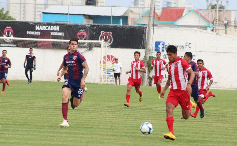 El partido se realizó en el Estadio Cancún 86. (Redacción/SIPSE)