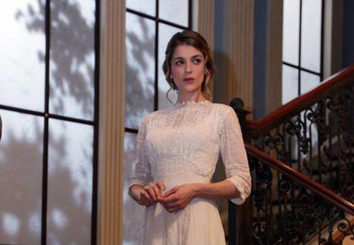 La actriz Irene Azuela dio vida a 'Isabel Alarcón' en El Hotel de los Secretos, telenovela que terminó sus grabaciones el pasado 13 de mayo. (Notimex)
